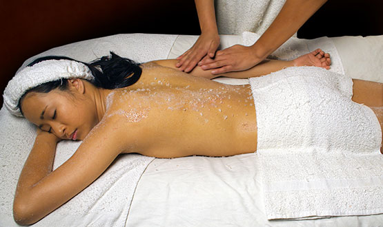 thai-body-scrub-services